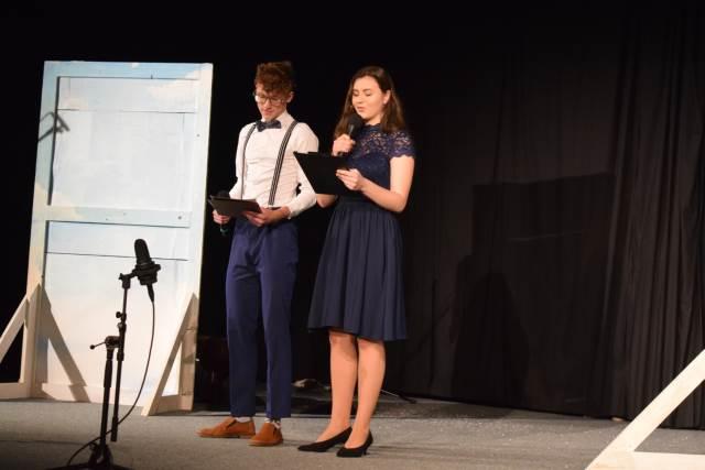 Divadelní představení studentů NG