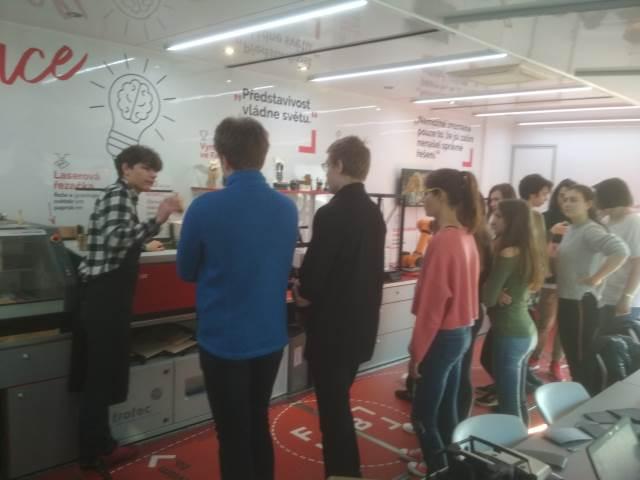 Exkurze v digitální pojízdné  laboratoři FabLab Experience