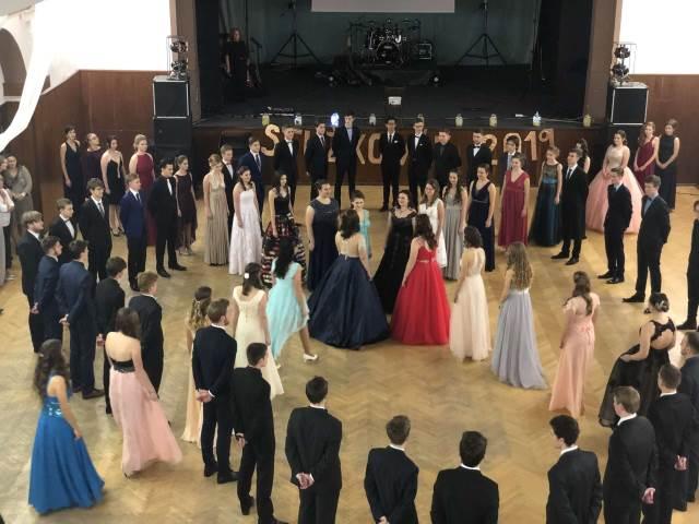 Stužkovací ples 2019